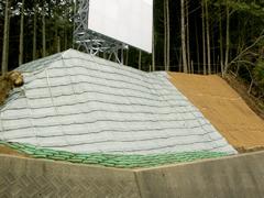 アルカリ土壌対応型の植生マット製造